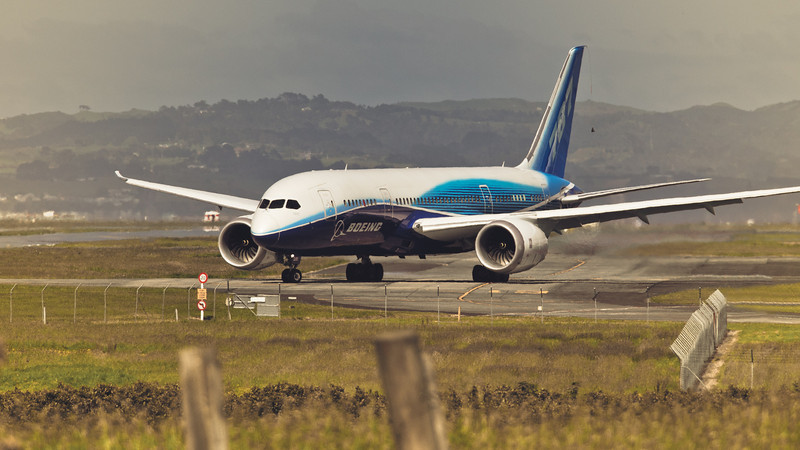 boeing 787 dreamliner photography david st george auckland international airport