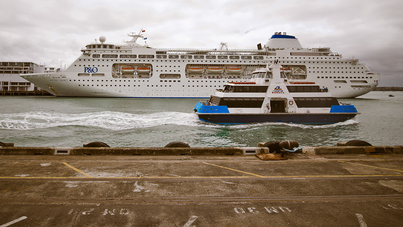 queens wharf auckland waterfront shipping ocean liner ferry david st george photography image documentary